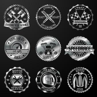 Emblemi di corse metallici