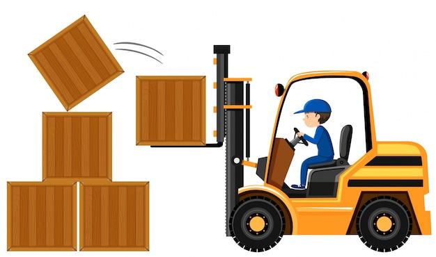 Equipaggi le scatole di legno di sollevamento con il carrello elevatore