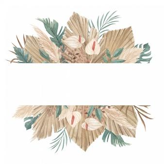 Erba di pampa, foglie di palma essiccate e modello floreale dell'insegna della giungla tropicale
