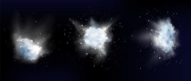 Esplosione di neve in polvere bianca o nuvole di fiocchi di neve
