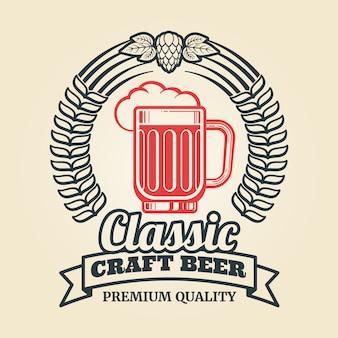 Etichetta birra vintage con ghirlanda di luppolo in vetro