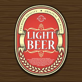 Etichetta della birra sul legno.