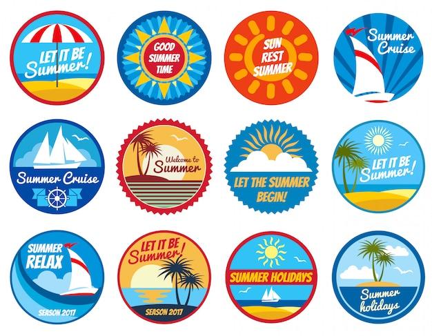 Etichette d'epoca estate. loghi di vacanze tropicali con tipografia.