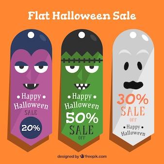 Etichette di vendita di halloween con personaggi