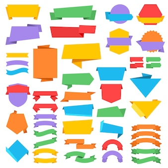 Etichette e distintivi di vettore dell'annata con le bandiere del nastro nello stile di origami. illustrazione di origami adesivo banner