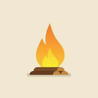 Falò bruciante con legno
