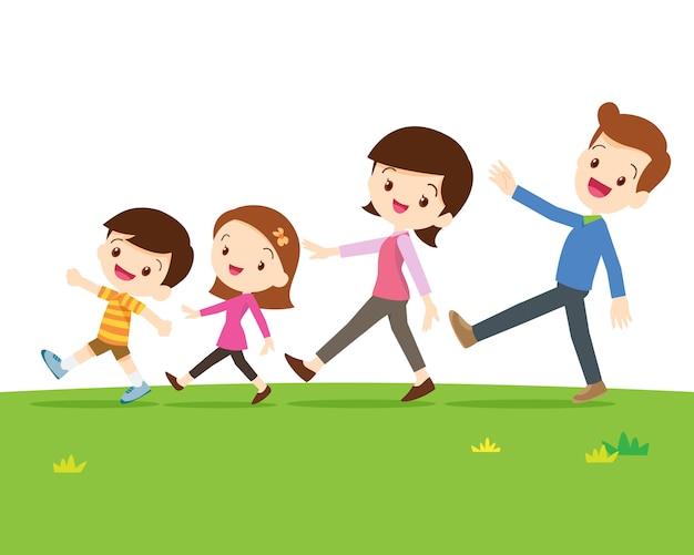 Famiglia carina che cammina