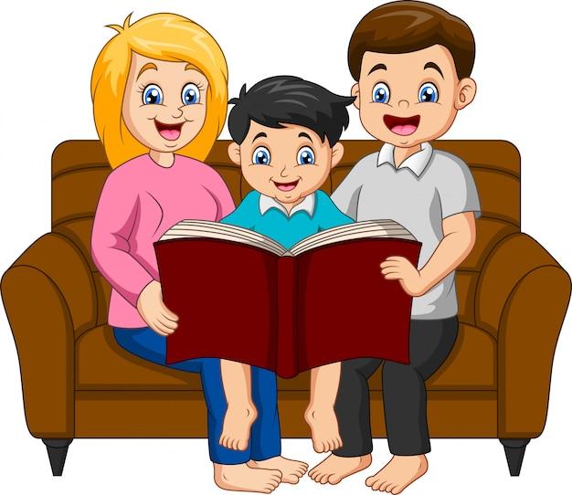 Famiglia felice del fumetto che legge un libro