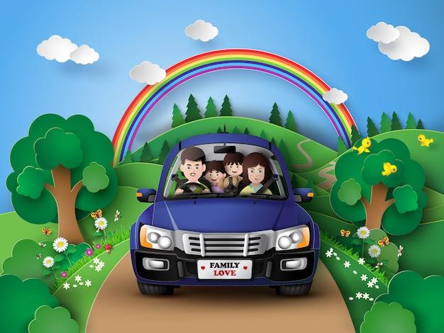 Famiglia guida in auto.