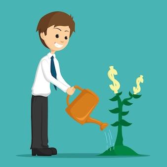 Felice l'uomo d'affari annaffiare o crescere una pianta di denaro