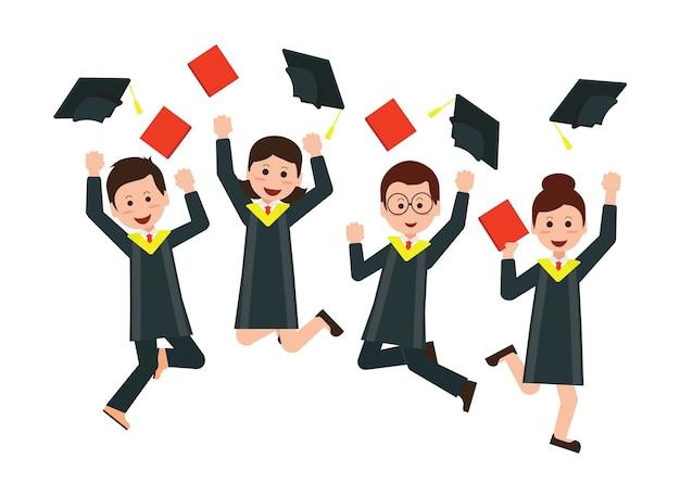 Felici laureati che lanciano cappelli da laurea