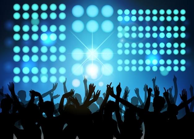 Festa in club con gente che balla