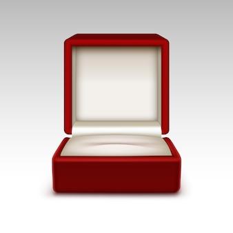 Fine aperta vuota del contenitore di gioielli del regalo del velluto rosso su isolata su fondo bianco