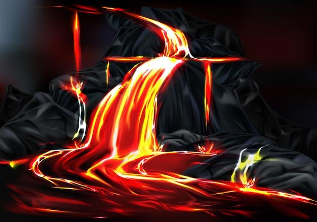 Fiume e fontane di lava calda che scorre dalle rocce di montagna durante l'eruzione del vulcano