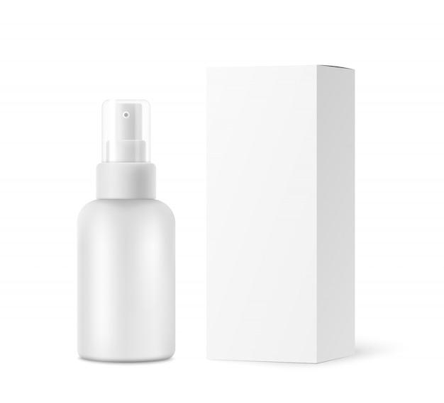 Flacone spray con tappo trasparente, scatola di cartone mockup isolato su bianco