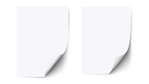Foglio di carta bianco bianco con angolo arricciato e ombra, carta s