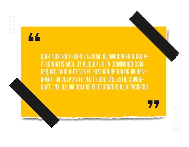 Foglio di carta con profonda citazione di carta gialla attaccato al muro bianco