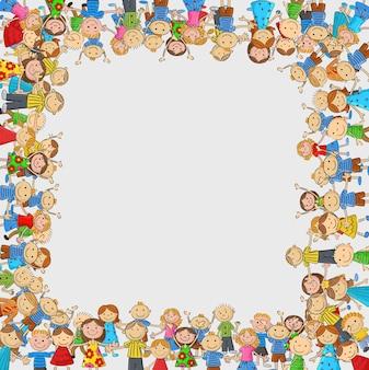 Folla di bambini con uno spazio vuoto a forma di scatola