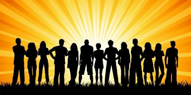 Folla di gente silhouette con sole