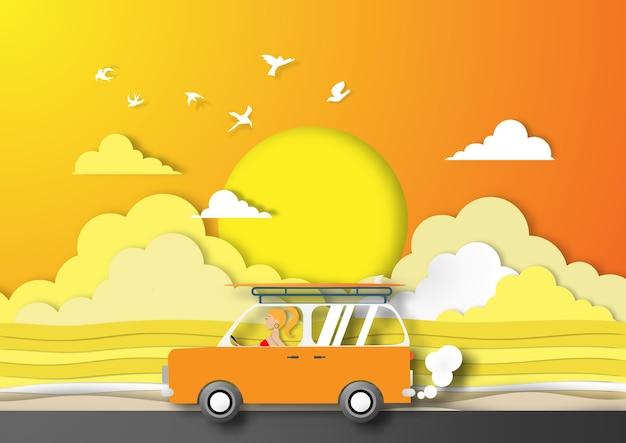 Fondo della spiaggia di estate di arte di carta con il furgone