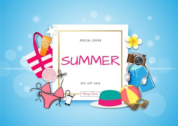Fondo di vendita di estate con arte di carta di accessori estivi