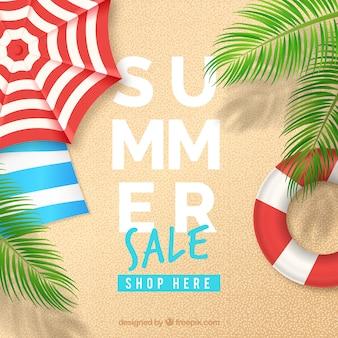 Fondo di vendita di estate con la vista superiore della spiaggia