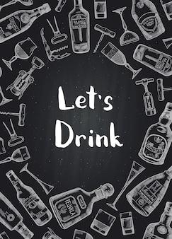 Fondo disegnato a mano delle bottiglie e dei vetri della bevanda dell'alcool sull'illustrazione nera della lavagna