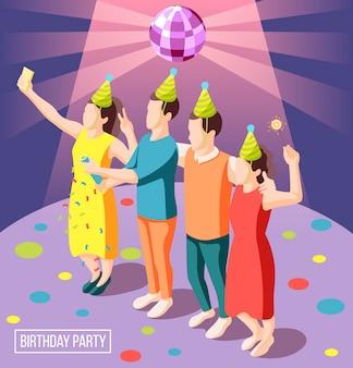 Fondo isometrico della festa di compleanno con la gente felice in cappucci del pagliaccio che tengono l'illustrazione delle stelle filante
