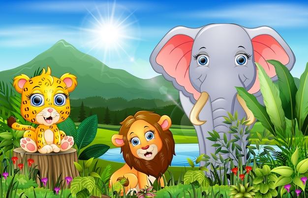 Foresta del paesaggio con cartoon animali felici