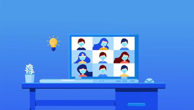 Formazione online digitale. parla in videochiamata con diversi colleghi multirazziali sul briefing online sul laptop moderno a casa