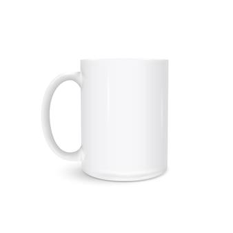 Foto bianca della tazza realistica isolata su bianco