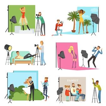Fotografi che scattano foto di persone diverse in studio fotografico con illustrazioni di attrezzature fotografiche professionali
