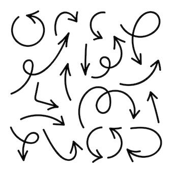 Frecce dello schizzo di progettazione di stile di scarabocchio messe