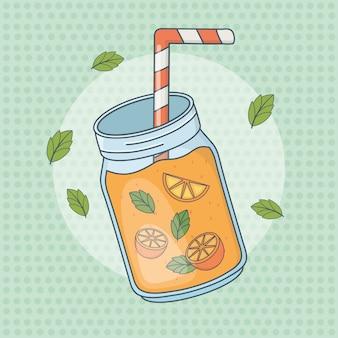 Frutta del succo d'arancia in vaso con paglia