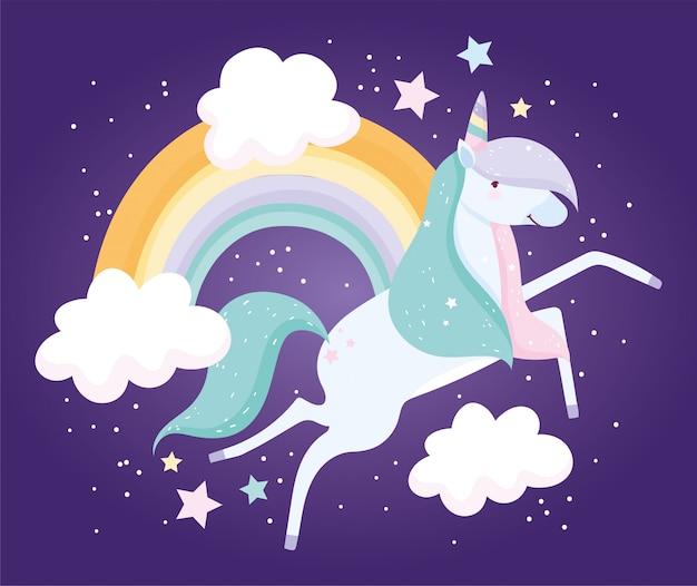 Fumetto sveglio magico di fantasia delle nuvole dell'arcobaleno dell'unicorno