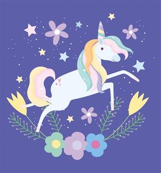Fumetto sveglio magico di fantasia delle stelle della decorazione dei fiori dell'unicorno