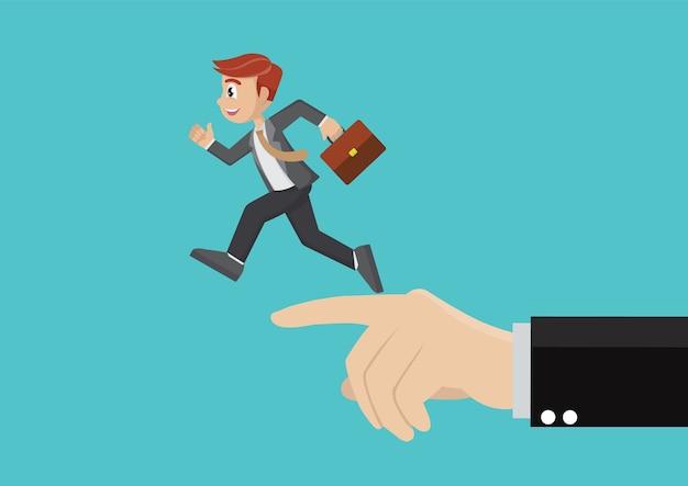 Funzionamento dell'uomo d'affari nello stesso con indicare grande della mano.