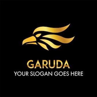 Garuda head logo concept astratto