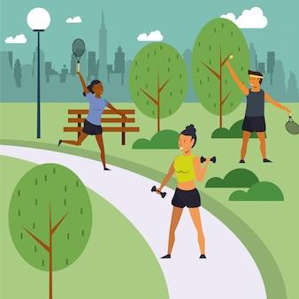 Gente di forma fisica che si prepara al parco