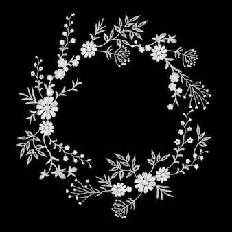 Ghirlanda di fiori ricamati bianca vintage. moda elegante delicata