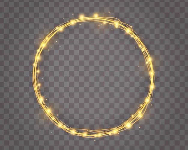 Ghirlande di ghirlanda di albero di natale e ghirlanda di vacanze invernali di lampadine dorate incandescente a forma di cerchio isolato. arredamento lampadina. bordo luci.