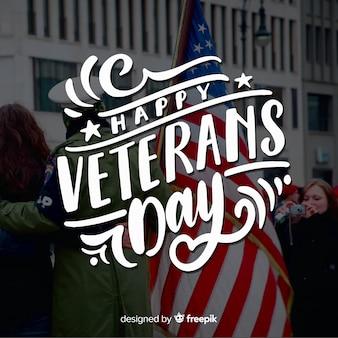 Giorno dei veterani lettering bandiera americana