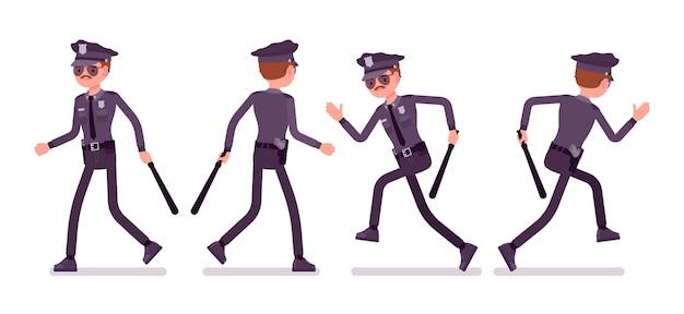 Giovane poliziotto a piedi e in esecuzione