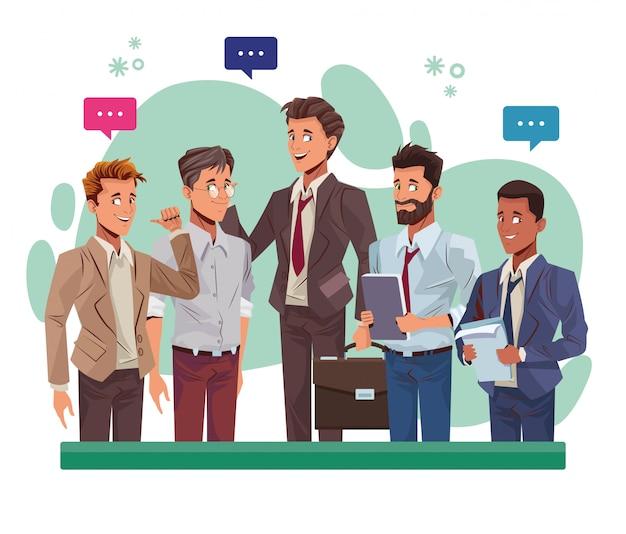 Giovani uomini d'affari che parlano dei caratteri degli operai