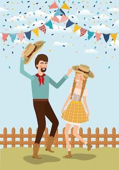 Gli agricoltori coppia festeggia con ghirlande e recinzione