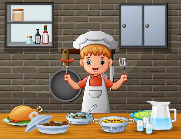 Gli uomini in abiti da cuoco servono cibo al tavolo da pranzo