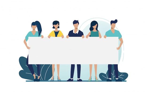 Gruppo di gente di affari lavoro di squadra che tiene il grande carattere dello spazio in bianco dell'insegna. promuovere per campagna aziendale.