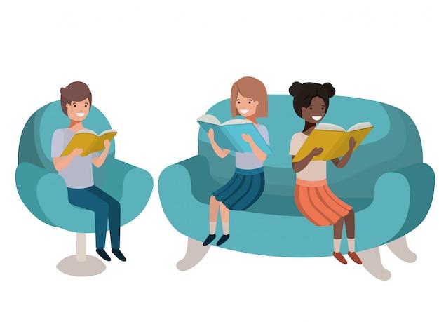Gruppo di persone sedute nel divano con il personaggio di avatar di libro