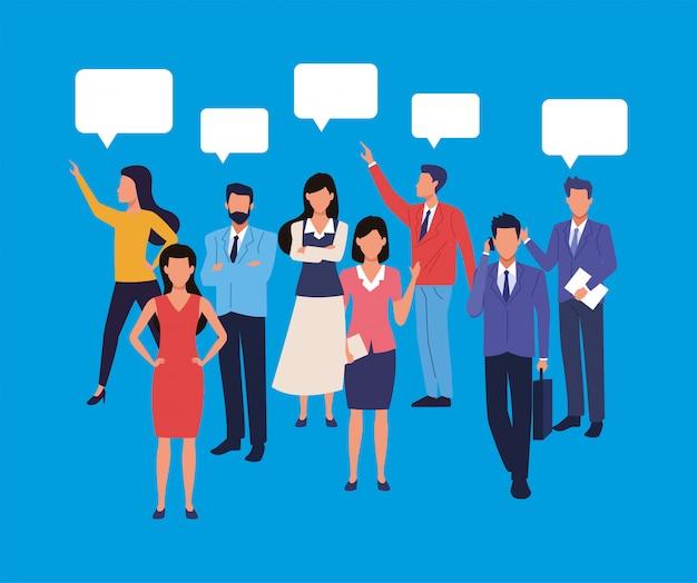 Gruppo di uomini d'affari lavoro di squadra con caratteri di bolle di discorso