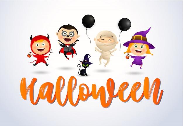 Halloween con bambini felici in costumi e gatto mostri